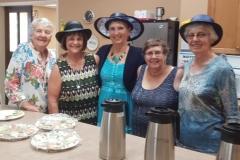 Queen-Tea-workers